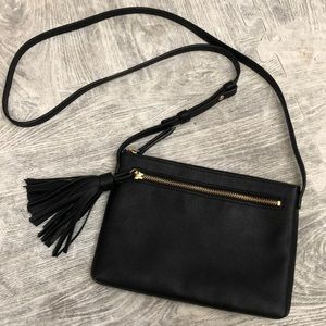 Gap black crossbody purse fringe tassel new